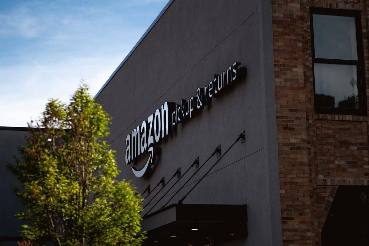 Amazonプライム会員がいい意味でヤバい【お得な12のメリットを解説】